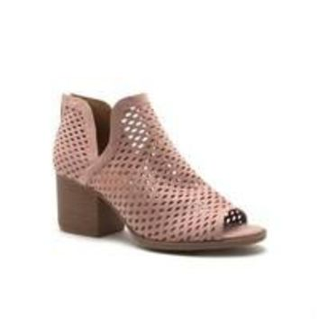 Cutout Bootie (blush)