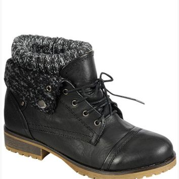 The Wanderlust Boots (Black)