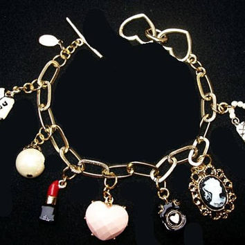 "Cookie Lee Charm Bracelet Signed Lipstick, Heart, Handbag, Cameo Gold Links Toggle Clasp 8"" Vintage"
