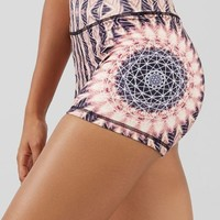 Heliocentric High-Waisted Short