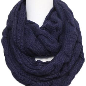 Chunky Knit Infinity Scarf in Navy