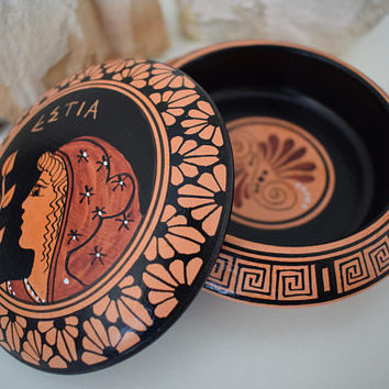"Greek Ancient Replica Ceramic Pottery Red Figure Big Pyxis Classical Period adorned with ""Hestia""-Handmade in Greece (11cm/4.33in diameter)"