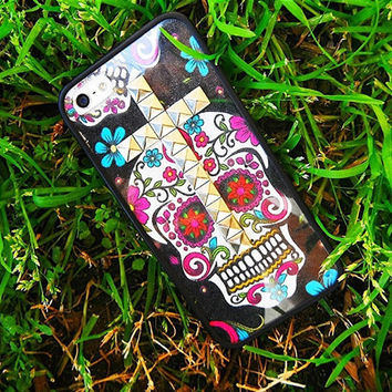 Sugar Skull studded cross iPhone 4/4s and 5 case