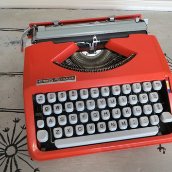 Bright Orange 1960s Hermes Rocket Typewriter Vintage Typewriter Portable Typewriter Working Typewriter Retro Typewriter Retro Orange
