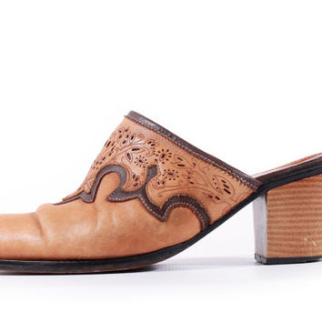 80s Vintage Tan Tooled Leather Mules Southwestern Hipster Chunky Heel Slides Embroidered Shoes Boots Women Size US 10 UK 8 EUR 40/41