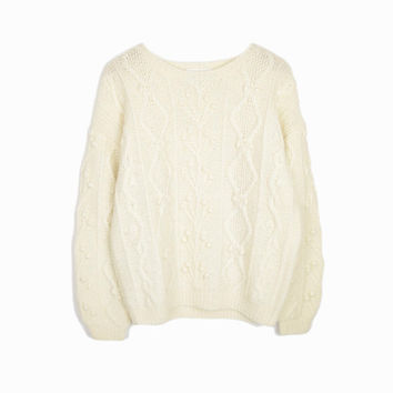 Vintage Cable Knit Wool Cozy Sweater in Ivory Cream