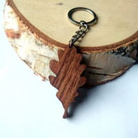 Oak Leaf Wooden Keychain, Walnut Wood, Oak Tree Keychain, Environmental Friendly Green materials