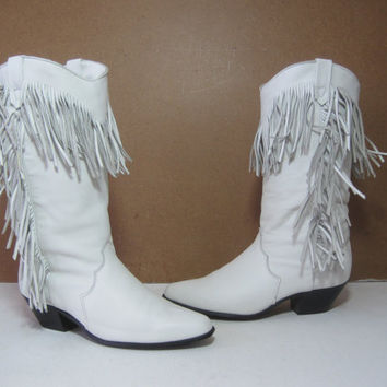 DINGO Cowboy Western Boots Size: 7.5M Leather Womens White Fringed Shoes Wedding Bridal VINTAGE