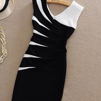 A 080217 Hit color stitching package hip Slim sleeveless  from cassie2013
