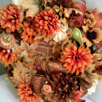 HAPPY HARVEST WREATH Thanksgiving Wreath Autumn Floral Arrangement  October Harvest Door Greeting Fall Floral Wall Decor Fall Wreath