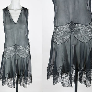 Vintage 20s Dress / Antique 1920s Black Sheer Silk Chiffon and Lace Dress XS