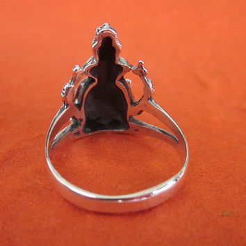 Balinese Sterling Silver Ganesha Ring /  silver 925 / Bali jewelry / Size: 8 ready to ship