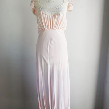 Vintage 1950s Pink Nightgown With Bird Appliques