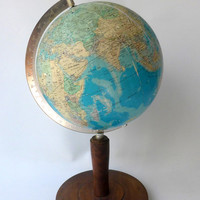 Vintage collectable 1970s Atlas 9 inch World Globe on wooden base
