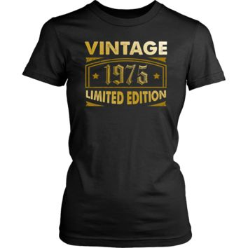 Women's Vintage 1975 43 Year Old Birthday Gift T-Shirt