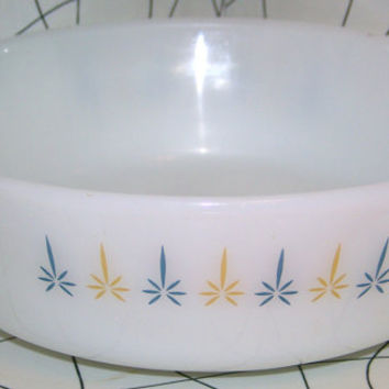 Vintage Fire King 1 1/2 Quart Mid Century Fire King Milk Glass Anchor Hocking Fire King Candleglow 1.5 qt Casserole #437