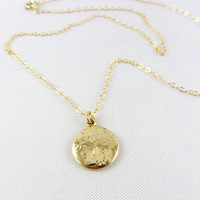 Art Deco 10K Gold Round Pendant Necklace Engraved Flower Design Vintage Yellow Gold Small Charm Fine Jewelry