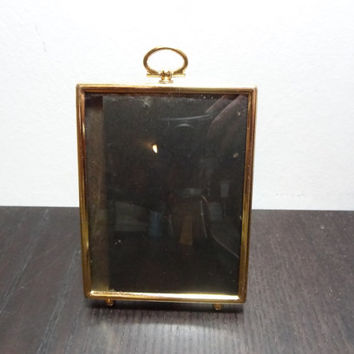 Vintage Brass Convex Bubble Glass 3 1/2 x 4 1/2  Footed Picture Frame with Key Hole Top - Hollywood Regency/Paris Apartment/Art Deco Style