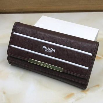 DCCKR2 Prada fashion ladies fashion leather buckle wallet F