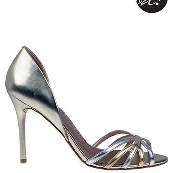 Belle By Badgley Mischka Volume Metallic Pumps