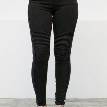Black Distressed Motto Jeggings