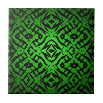 Green tribal shapes pattern tile
