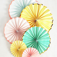 Get the Pinwheels Turning Hanging Decor Set