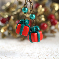Christmas Gift Earrings,Red and Green Polymer Clay Dangle Earrings, Cute Miniature Wrapped presents