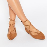 New Look Wide Fit | New Look Wide Fit Lace Up Flat Shoes at ASOS