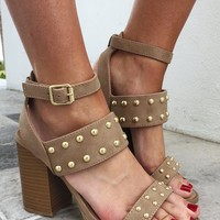 Stand By You Heels: Taupe/Gold