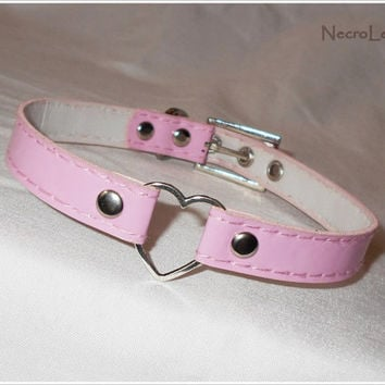 Pink Heart Ring Choker