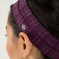 fly away tamer headband | women's headwear | lululemon athletica