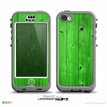 The Green Highlighted Wooden Planks Skin for the iPhone 5c nüüd LifeProof Case