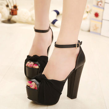 Stylish Design Summer Sexy Butterfly Peep Toe Shoes Waterproof High Heel Sandals [4920625412]
