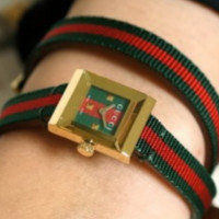 GUCCI Square Dial Twist Red & Green Strap Women's Watch F