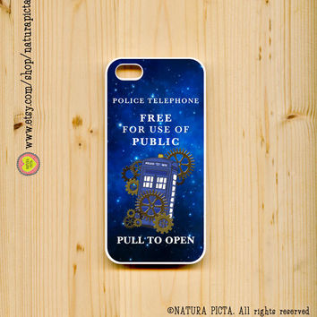 Steampunk Tardis Doctor Who on space for iphone case 4/4S- iphone case 5/5S -Galaxy S4 -Design by Natura Picta-NP043