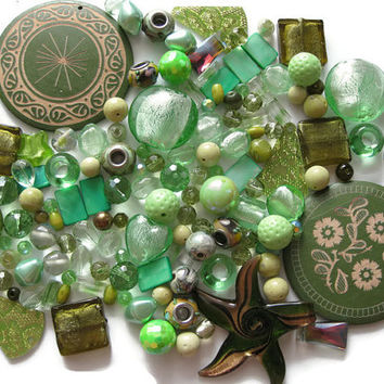 Over 140 Pcs. Assorted Green Beads Pendants Lampwork Glass Acrylic Shell Stone Jewelry Making Crafts Seafoam Moss Mint