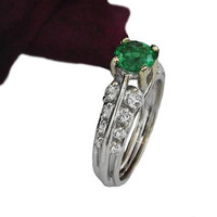 Ready to be shipped SALE Top Quality Emerald ring unique engagement ring with F VS diamonds on the sides made in 18K White Gold