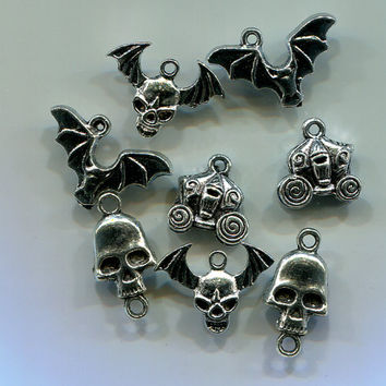 skull bat charms pendants halloween charms, carriage charms, tibetan silver metal goth charms, 8 piece jewely findings