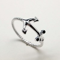 Cute and Simple Anchor ring in silver