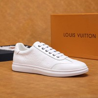 White LV LOUIS VUITTON Shoes Sneaker