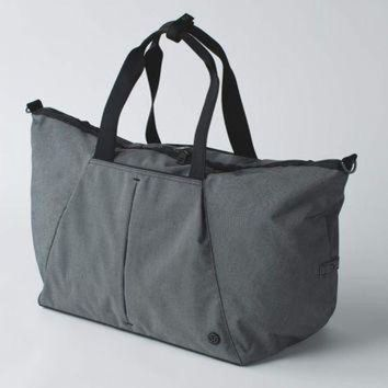 CREY2NO break free weekender | women's overnight bags | lululemon athletica