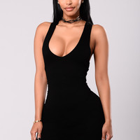 Feel Like This Dress - Black