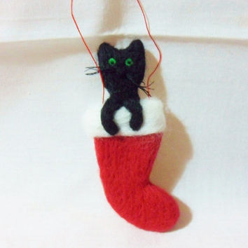 Needle Felted Christmas Decoration - stocking with a cat in - 100% merino wool - felted cat - felt Christmas stocking