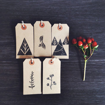 Christmas Gift Tags Set of 10 Kraft Hand Printed Tags, Eco-friendly, Woodland