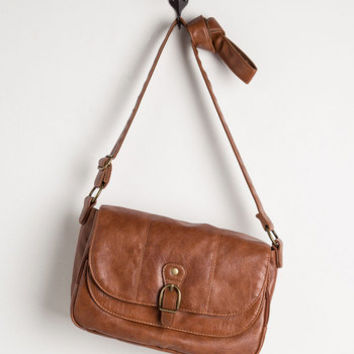 ModCloth Merry to Carry Bag in Chestnut