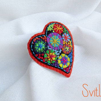 Happy heart. Orange Fireworks .Felt brooch. Valentine's Day gift. Hand embroidery. French knot. Gift for her. Holiday fireworks.