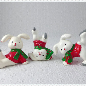 Trio of Tumbling Bunnies, White Rabbit Figurines, Ice Skating, Vintage Porcelain Figures, Christmas Home Decor, Red Sweaters, Green Scarves