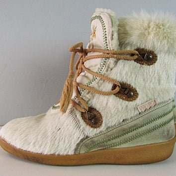 Vintage 80s Tecnica Italy Fur Suede Leather Embroidered After Ski Boots New Wave Snowboard 1980s Ski Party Apres Snow Boot