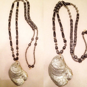 Oyster Shell Beaded Necklace/Layering Necklace/Coastal Jewelry